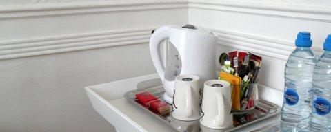 Chambre authentique et petit-déjeuner bio produits de terroire
